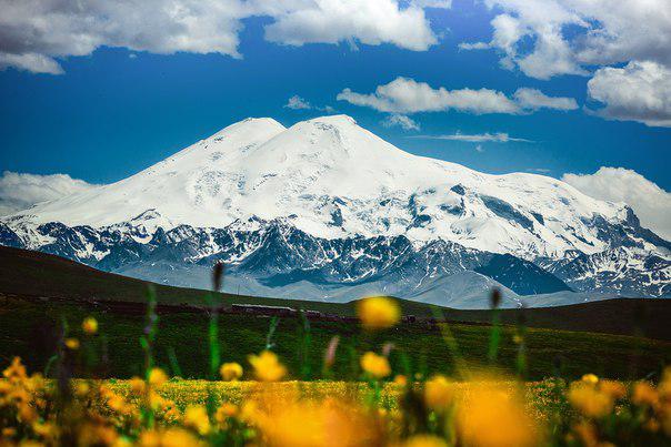 В программу тура «Великий Шелковый Путь» вошло посещение горы Эльбрус